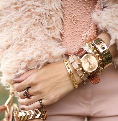 752b5691565 Combinar relógios com pulseiras