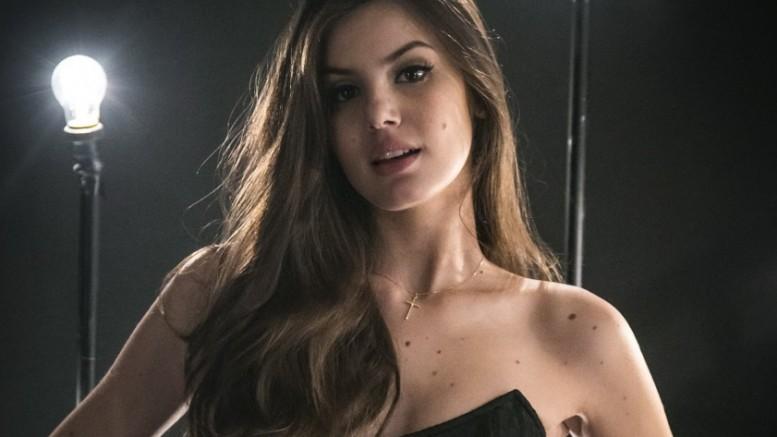 Camila-Queiroz-a-angel-de-verdades-Secretas