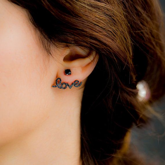 Ear jacket ródio negro escrito love e com ponto de luz preto