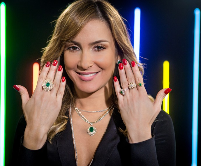 look-claudia-leitte-the-voice-foto-detalhe-joias