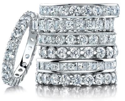 Alianças de diamantes