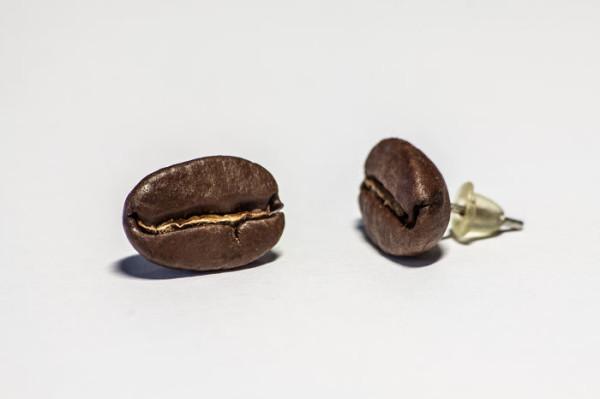 brincos criativos graos de cafe