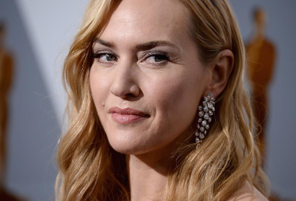 brincos perola Kate Winslet