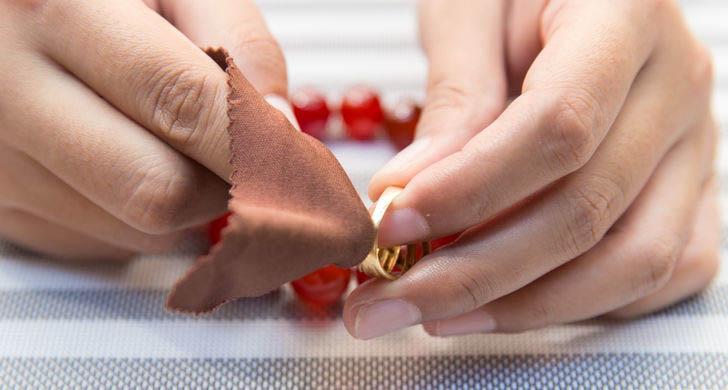 como cuidar de sua semi jóia
