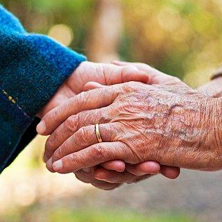 alianca casamento de velhinhos