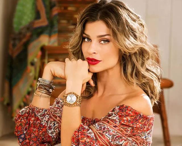 341af0ed4 Hoje nós vamos falar de uma verdadeira diva brasileira: Grazi Massafera.  Após viver Larissa, em Verdades Secretas, a bela ficou ainda mais em alta  por conta ...
