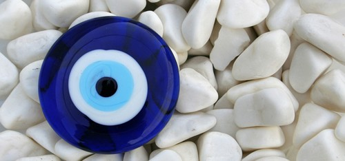 joias com olho grego