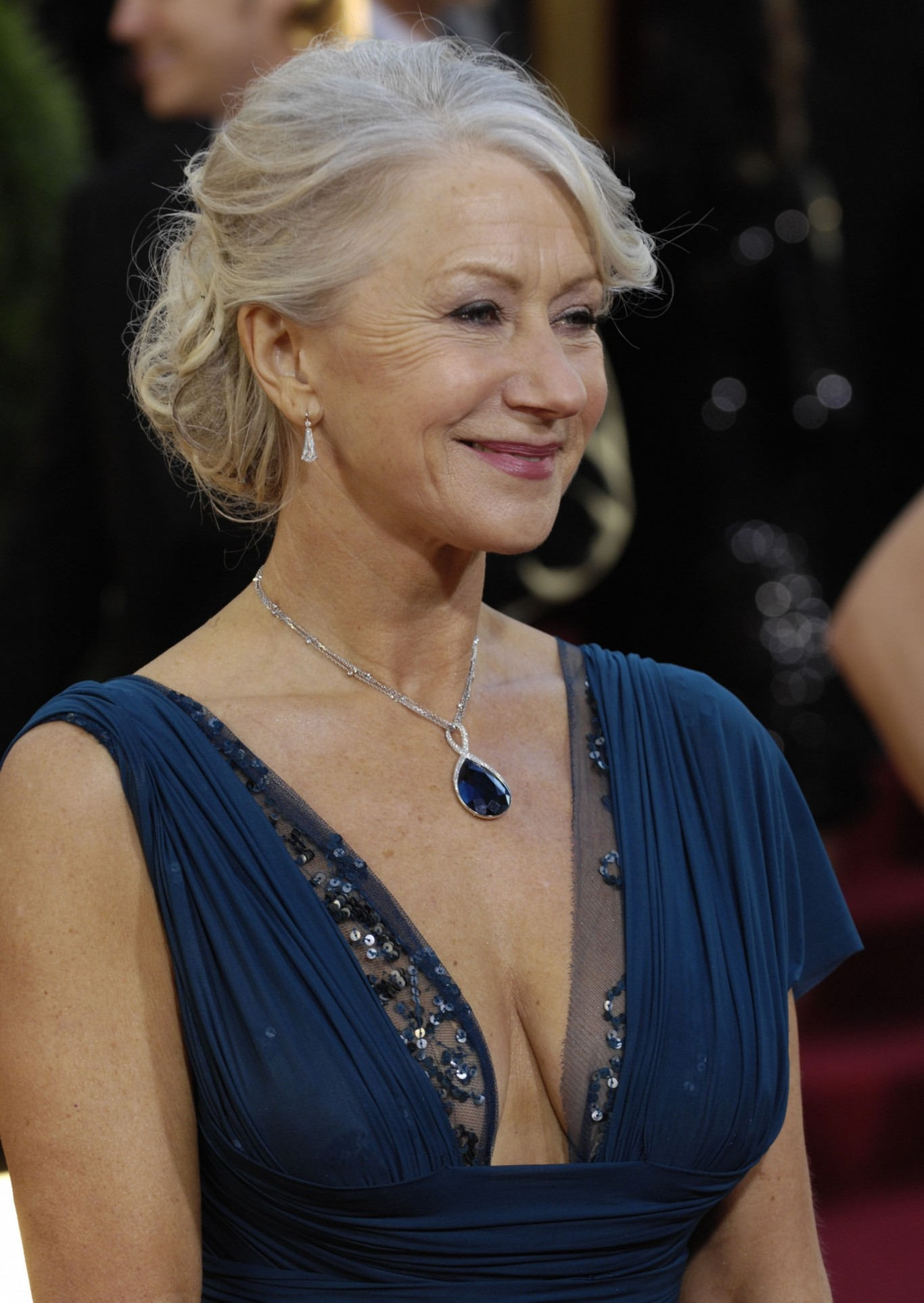 Helen Mirren Colar