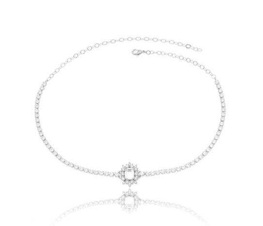 Semi joias da moda: Choker Riviera com pingente de zircônia de cristal.
