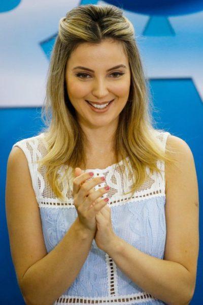 Marcela Temer vestindo Iorane.