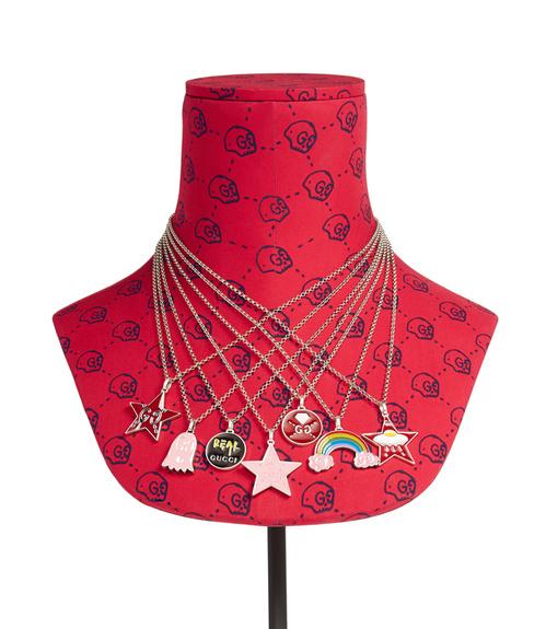 91ea167e1a6 Confira a nova coleção de jóias GucciGhost da Gucci