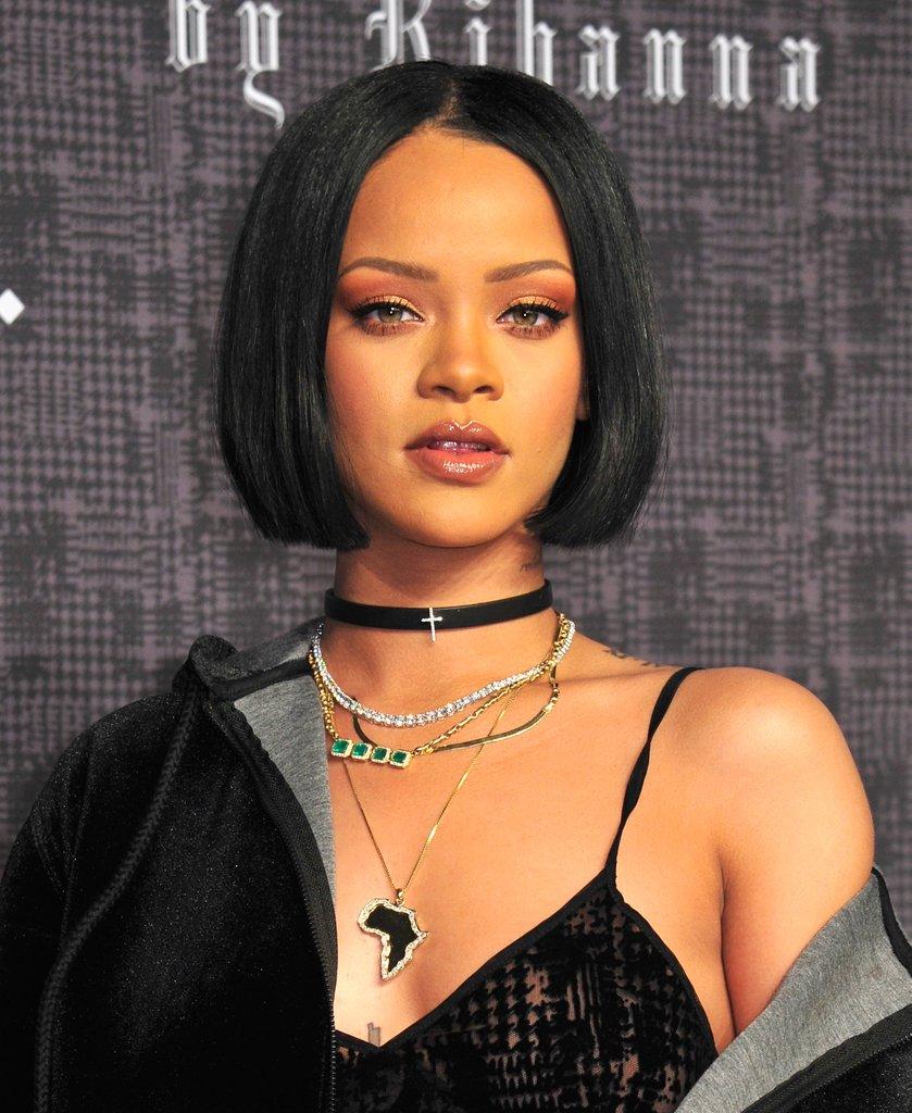 Rihanna colares