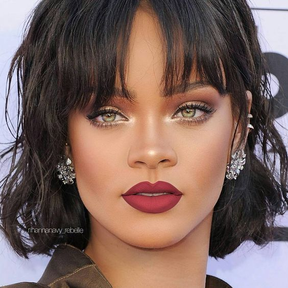 Rihanna piercing