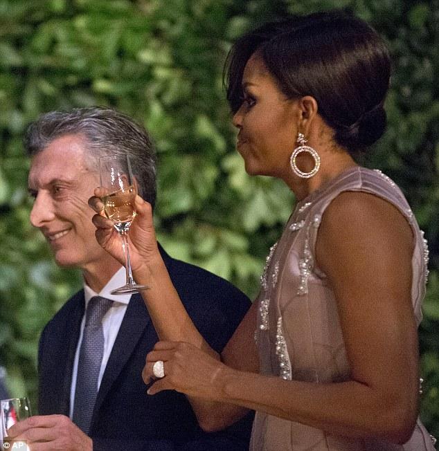 argolas sofisticadas michelle obama