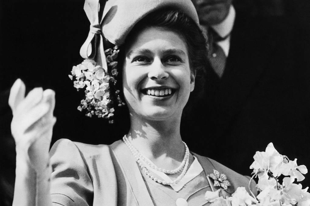 Broches da rainha Elizabeth flor de 6 petalas