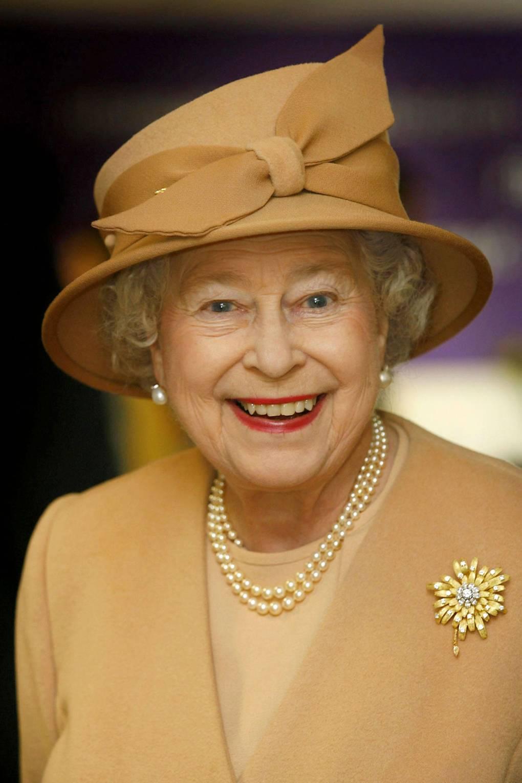 Broches da rainha elizabeth girassol