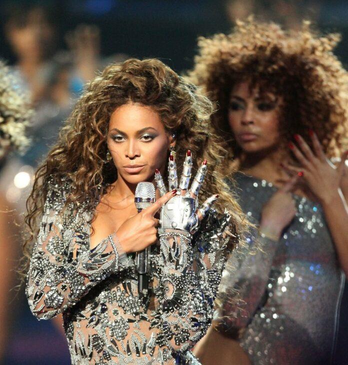 Beyonce Anel Noivado