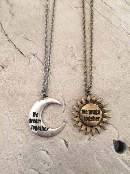 Colar da amizade Sol e Lua