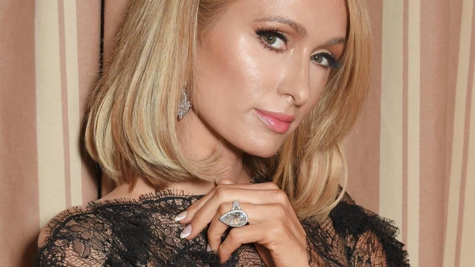 Paris Hilton Anel Noivado