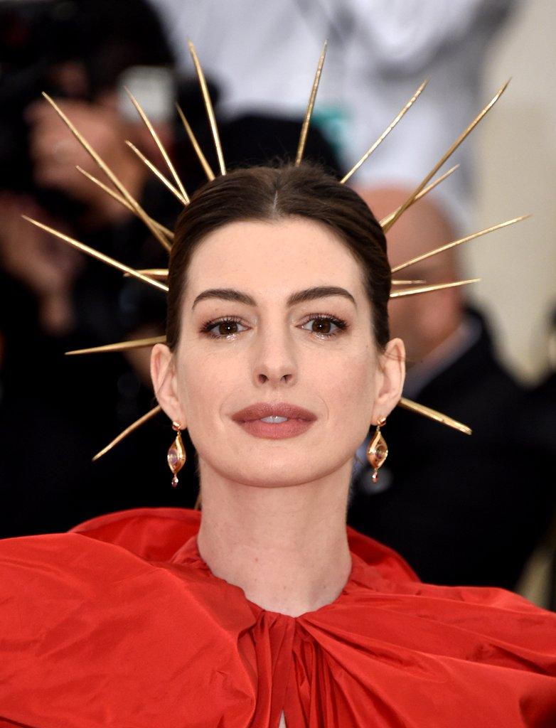 Anne Hathaway Aurea