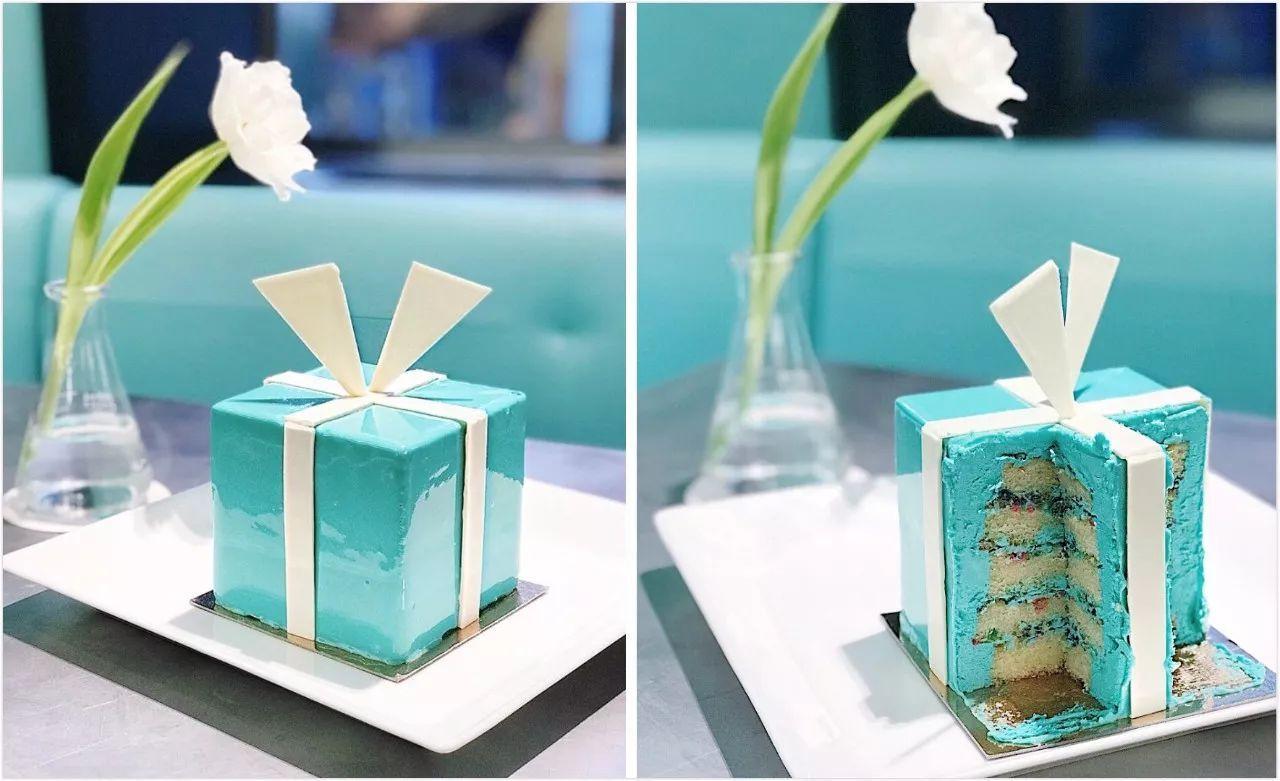 Bolo Blue Box Cafe