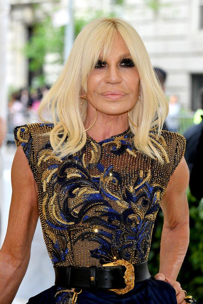 Donatella Versace argolas