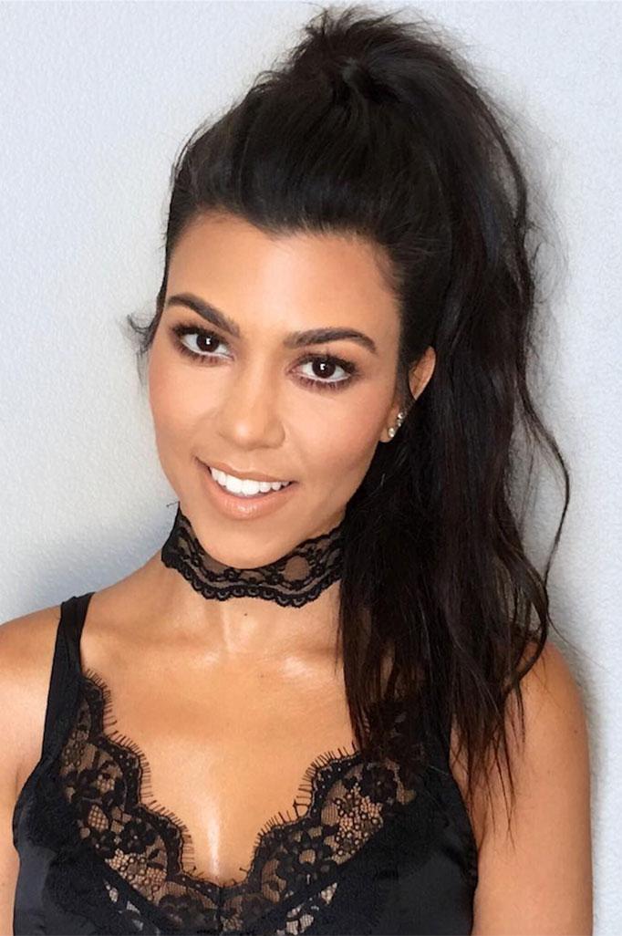 Kourtney Kardashian Choker