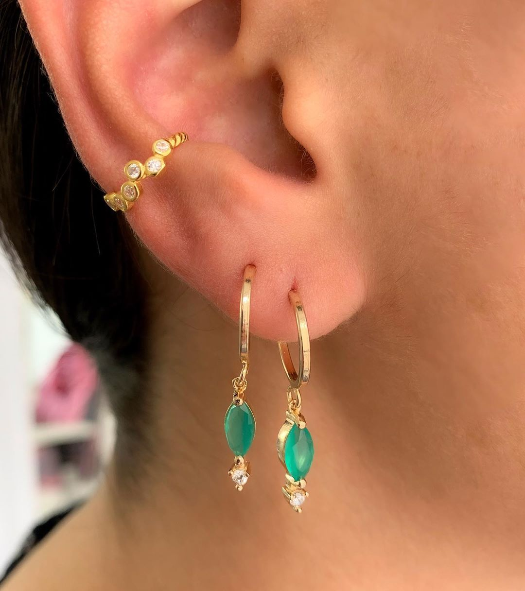 piercing de orelha delicadinho