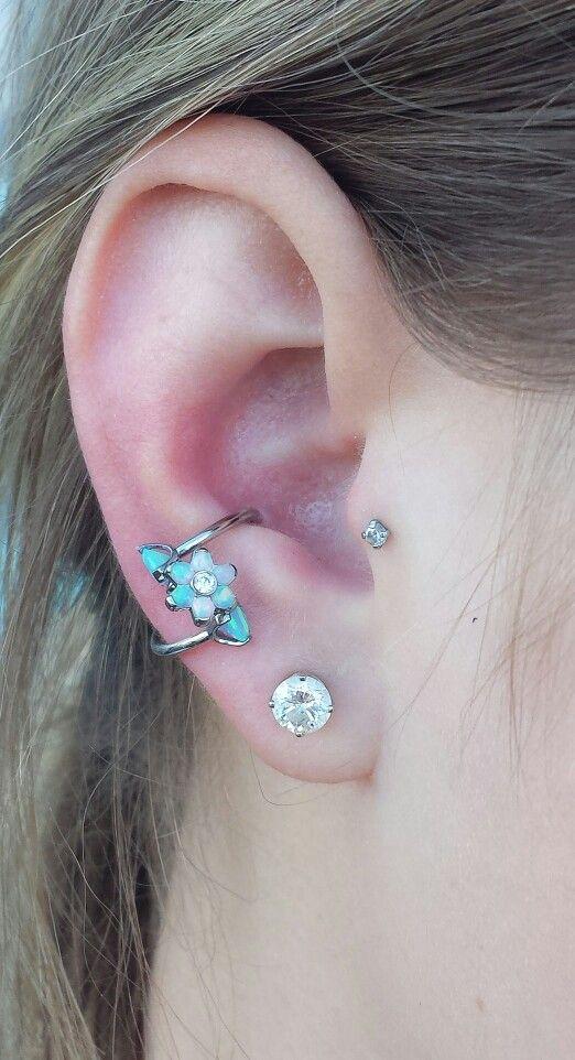 Piercing conch espiral
