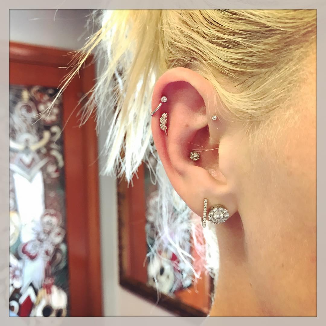 Piercings na orelha prata