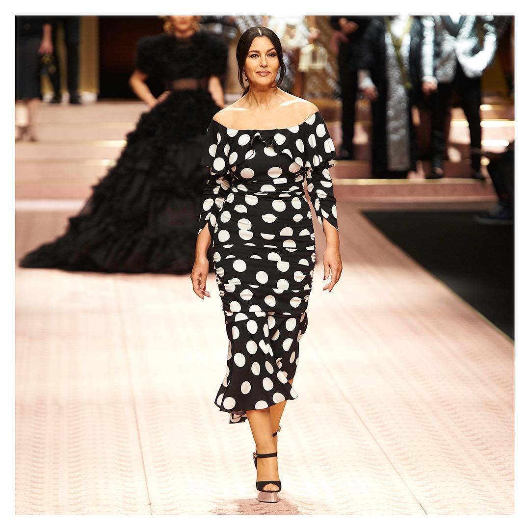 Desfile da Dolce & Gabbana Monica Bellucci