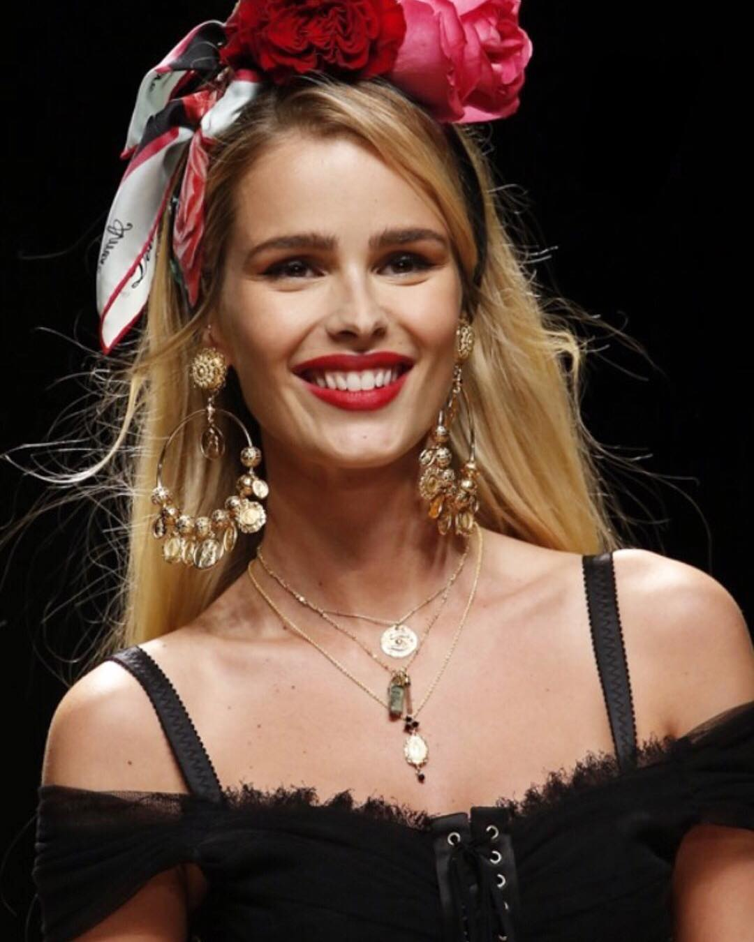 Desfile da Dolce& Gabbana Yasmin Brunet