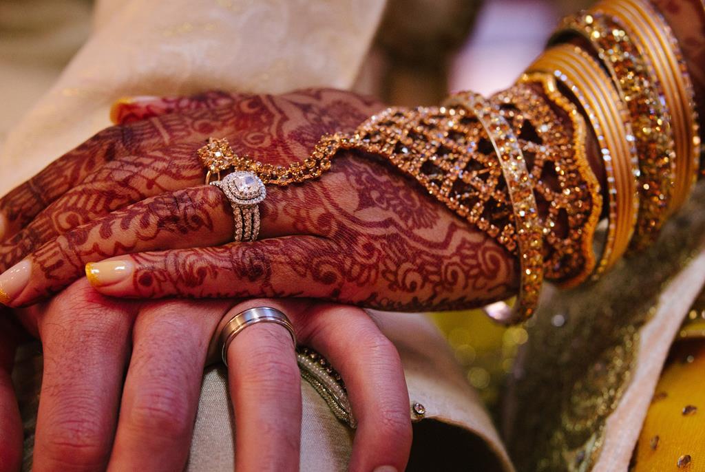Aliança de namoro já era usada pelos Hindus