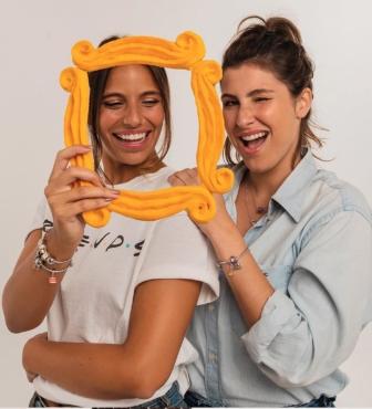 Pulseira da série Friends faz sucesso em joalheria brasileira