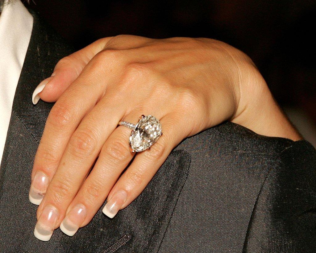 Aneis de noivado da victoria beckham diamante gota