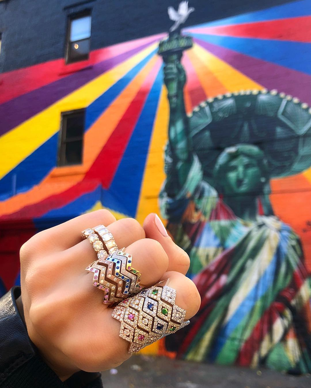 Anéis empilhados coloridos