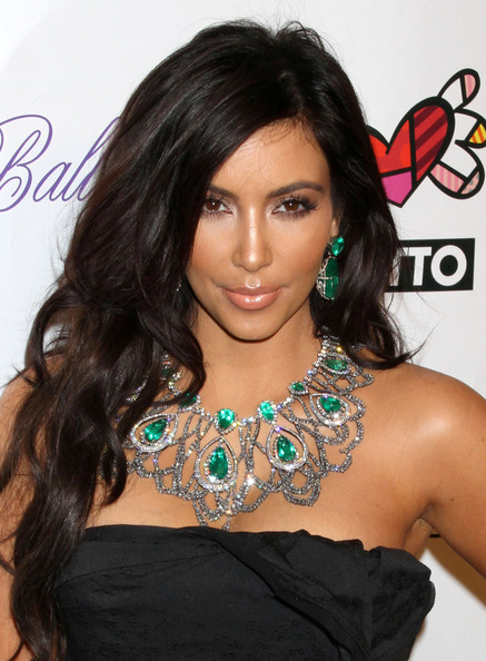 Esmeralda Colombiana Kim Kardashian