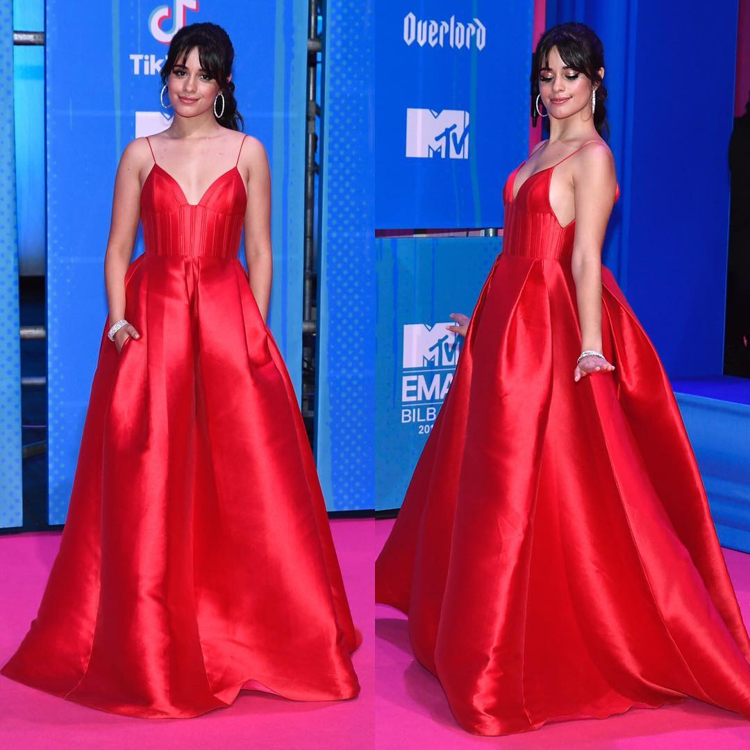 Looks do Europe Music Awards Camila Cabello