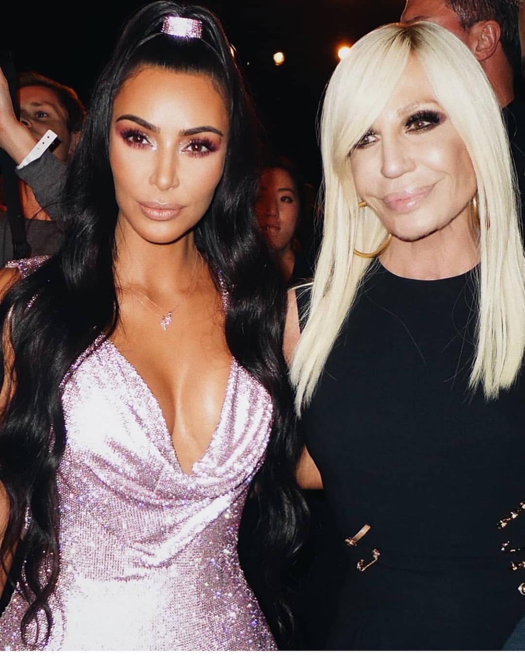 Acessorios Versace Kim Kardashian