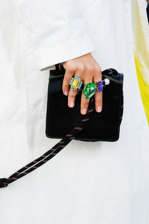 Aneis da moda 2019 dries