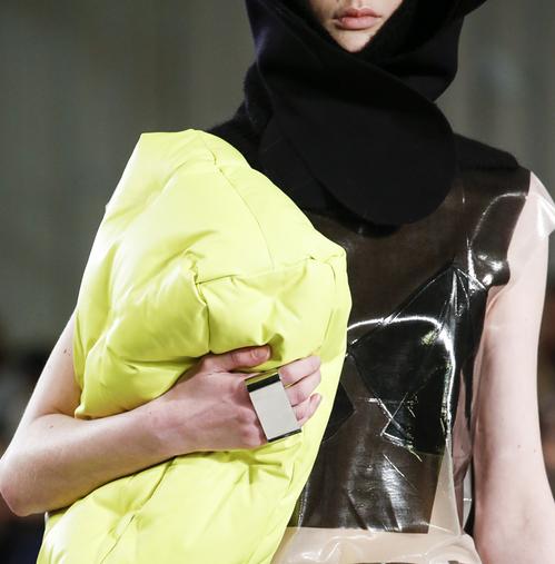 Aneis da moda 2019 margiela