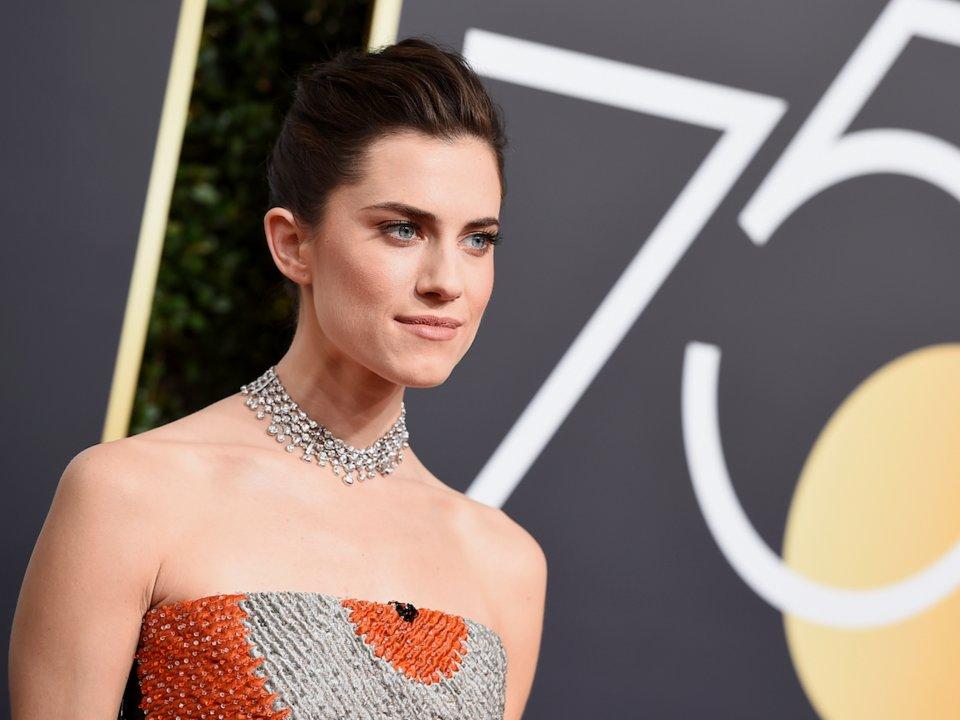 Celebridades usam joias milionarias colar
