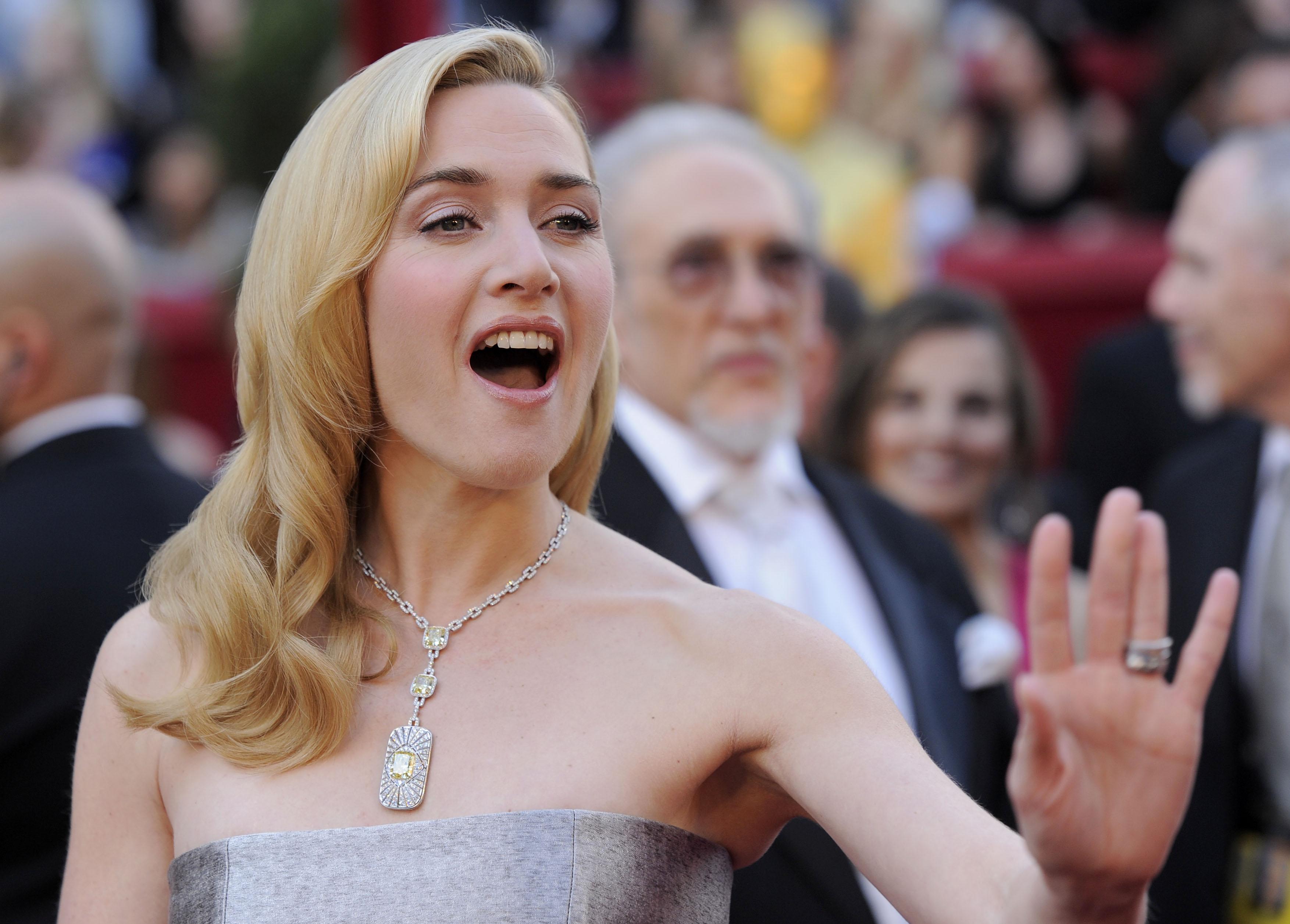 Celebridades usam joias milionárias Tiffany