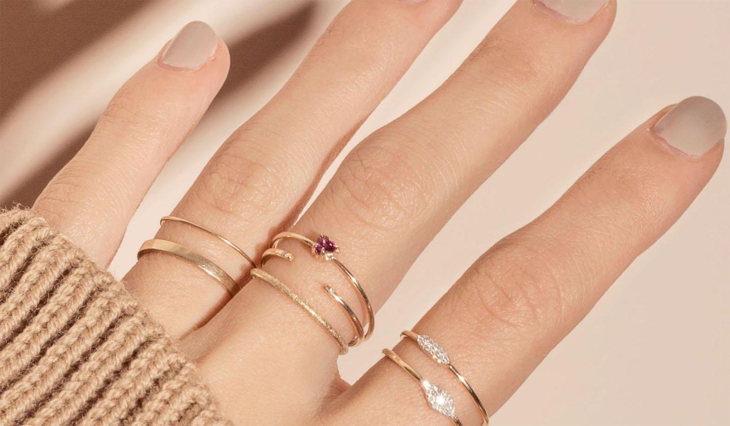 Como combinar anéis delicados