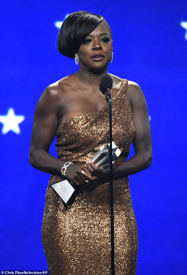 Critics Choice Awards 2019 Viola Davis Brincos