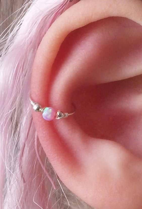 conch piercing rosa
