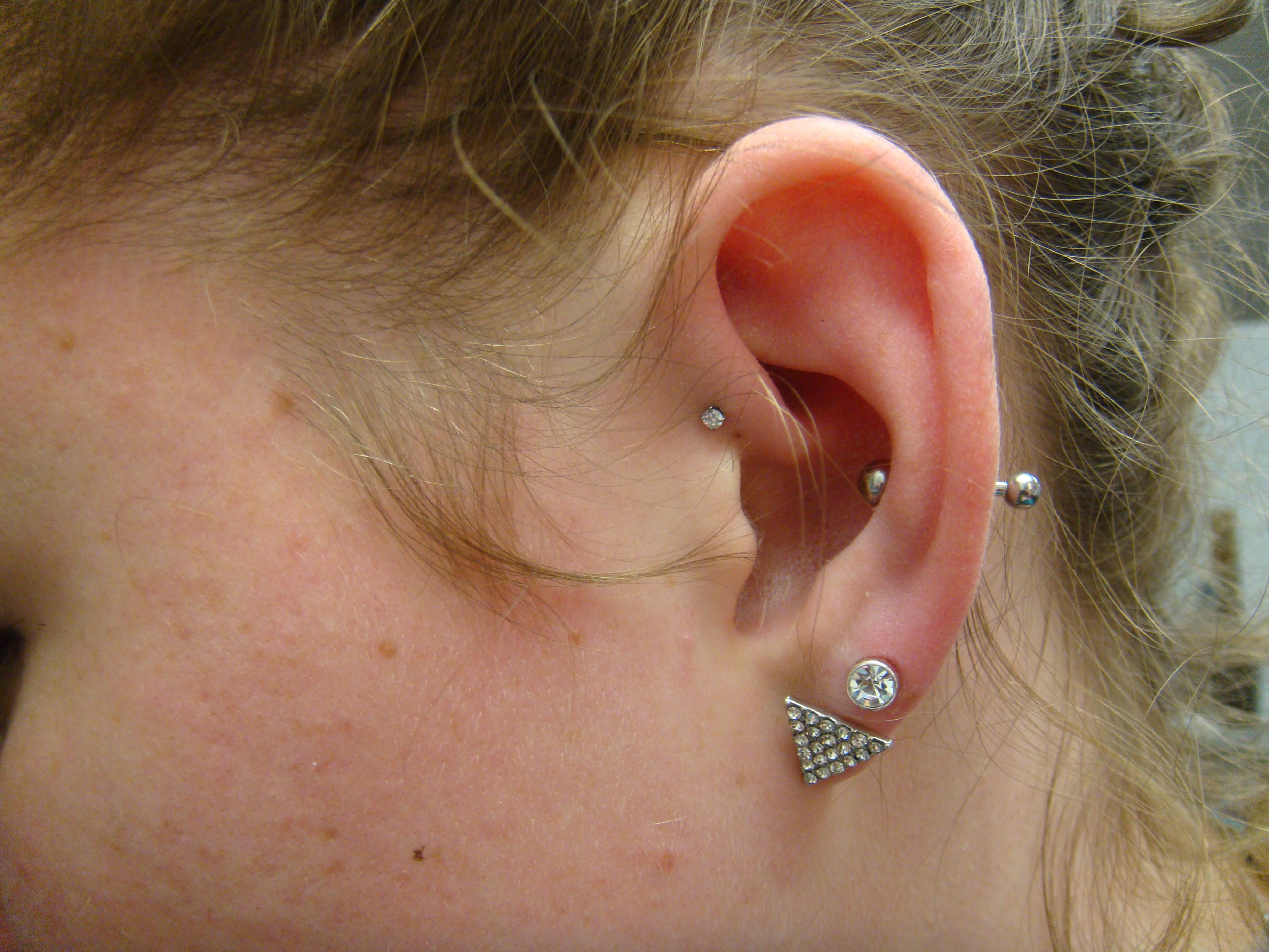 conch piercing tradicional
