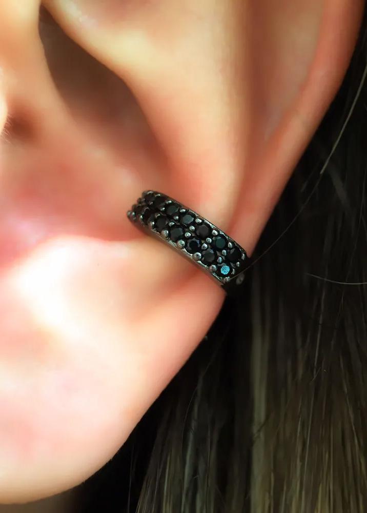 piercing conch preto