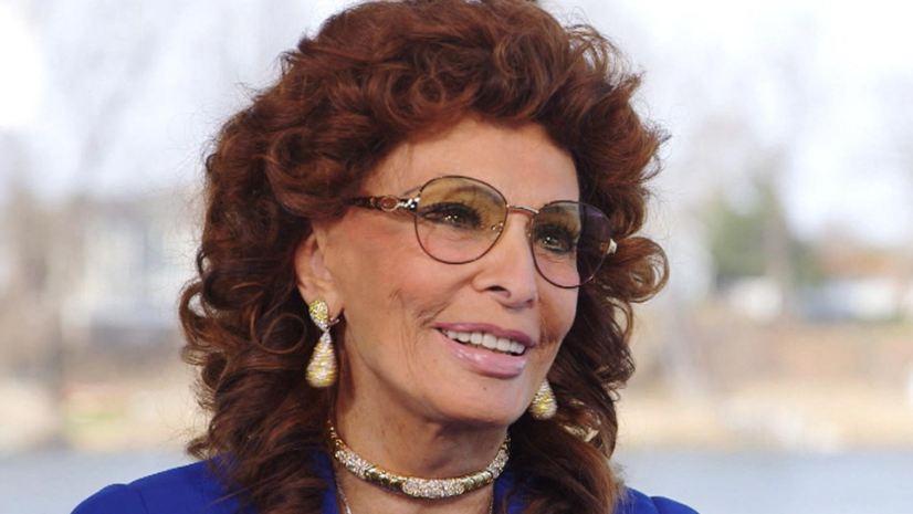 32 divas com mais de 60 Sophia Loren