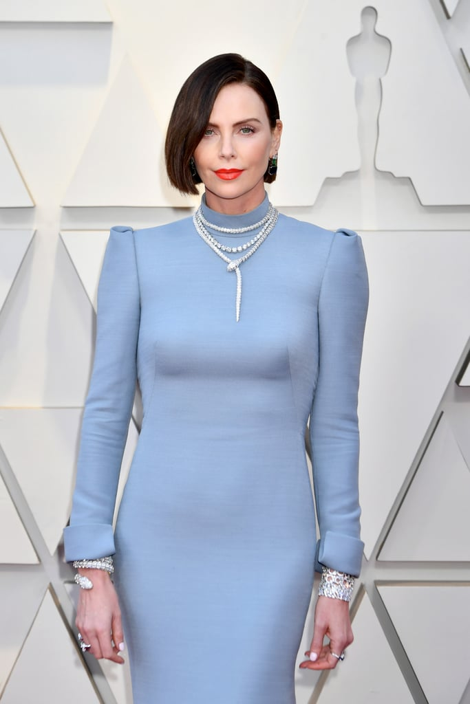 Charlize Theron Looks do Oscar 2019 Bracelete